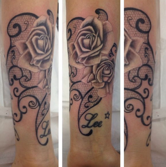 Roses by Vicki