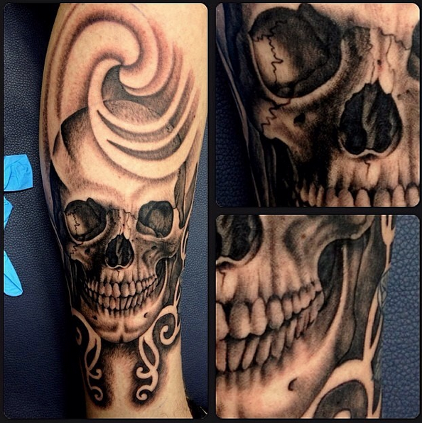Skull by Leon