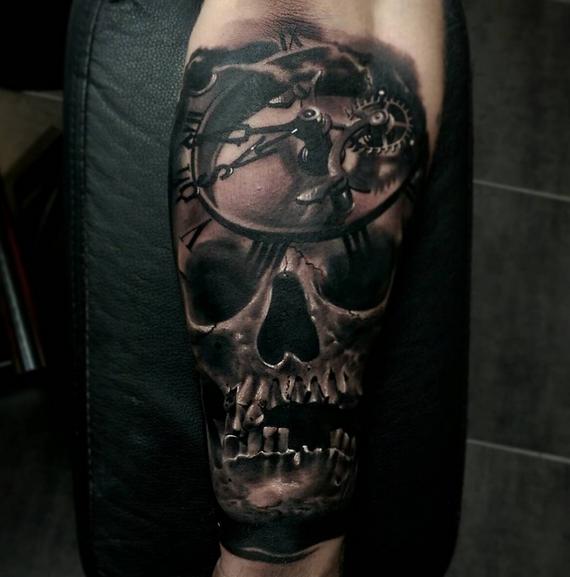 Skull by Robert